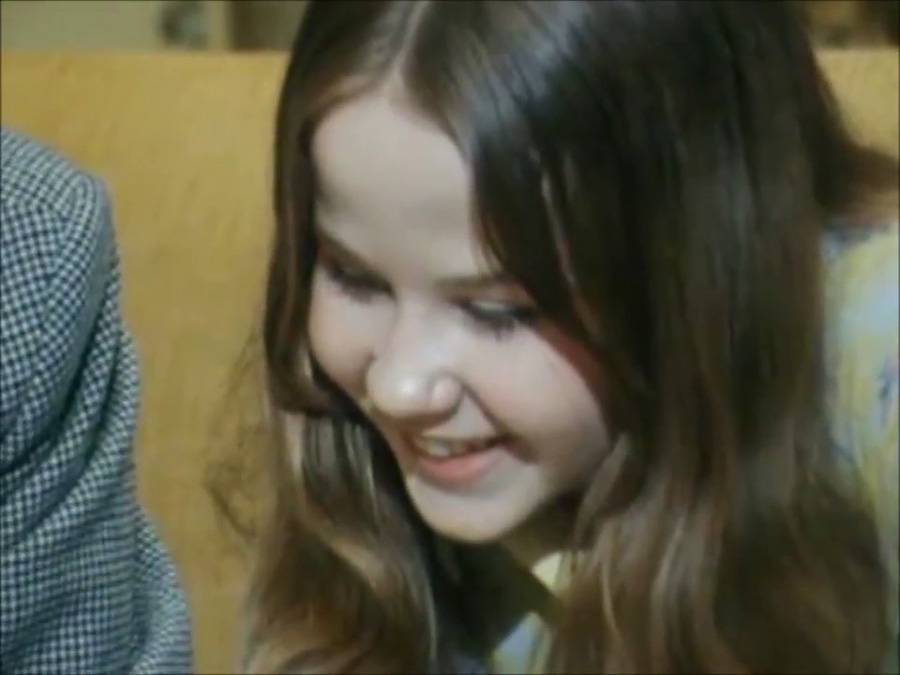 Linda-Blair_London-BBC-Midweek_1974_Everything-Exorcist_12