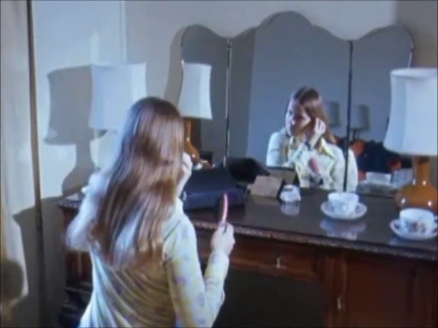 Linda-Blair_London-BBC-Midweek_1974_Everything-Exorcist_13