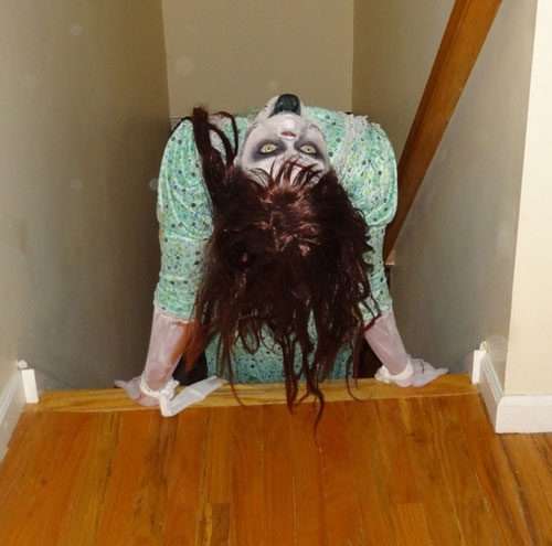 exorcist-regan-halloween-costume-make-up (9)