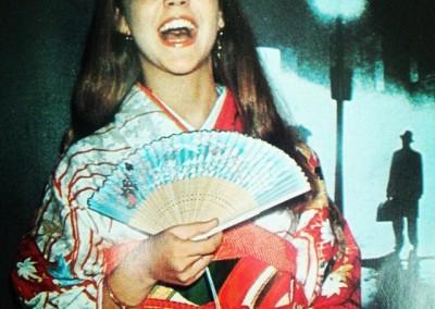 Linda-Blair_promoting-The-Exorcist_JAPAN-01